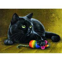 Кот и игрушка